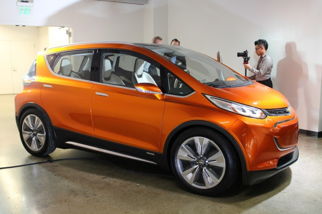 2017 Chevrolet Bolt EV: Production Car Spied Before 2016 CES Reveal